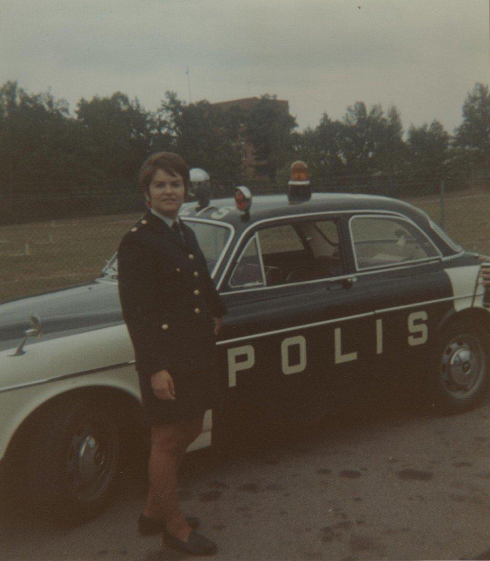 MT och polisbil